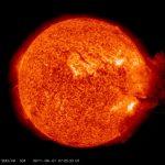 L'eruzione solare osservata da SDO il 7 Giugno 2011