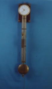 2.04 – Orologio a pendolo (Janvier)