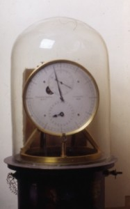 2.12 – Orologio a pendolo (Riefler)